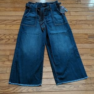 Wide leg cropped jeans Sz 11&13 available